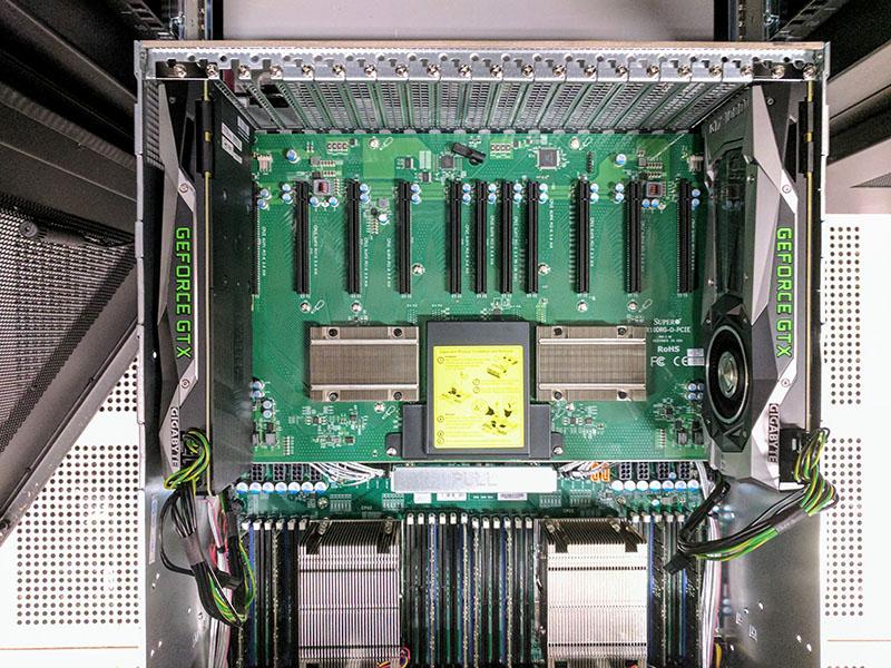 DeepLearning11 GTX 1080 Ti Cùng CPU Kết thúc đối diện
