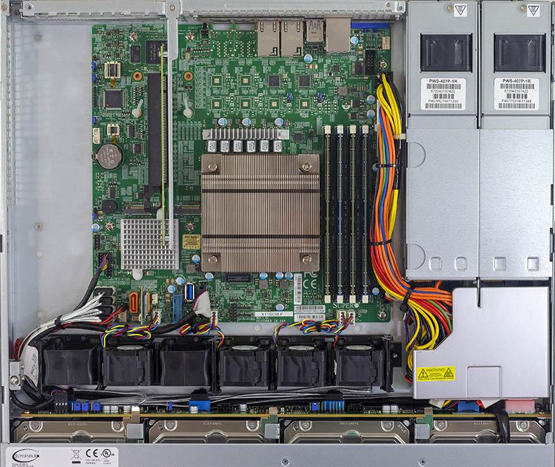 Tổng quan nội bộ của Supermicro SYS 5019C MR