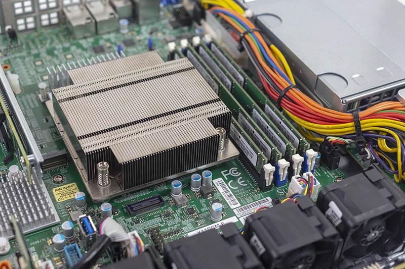 Bộ nhớ và CPU MR của Supermicro SYS 5019C