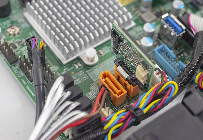 Supermicro SYS 5019C MR 128GB SATADOM trên bo mạch chủ X11SCM F