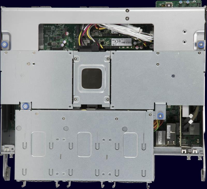Siêu mẫu SuperStorage SSG 6049SP DE1CR60 Nút hàng đầu