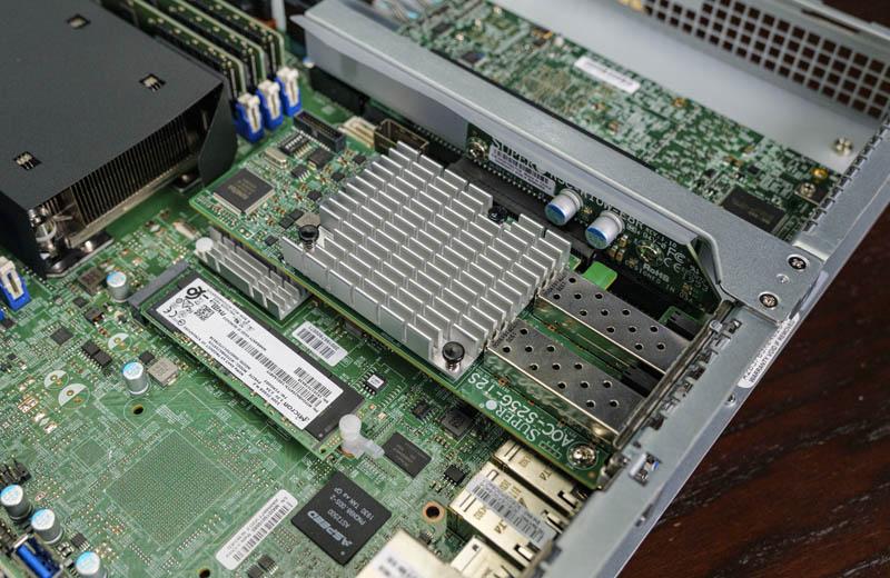 Máy tăng tốc Supermicro SYS 1019P WTR PCIe X8
