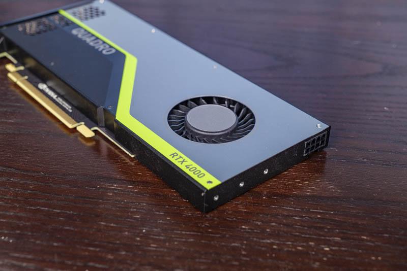 Hỗ trợ và nguồn GPU NVIDIA Quadro RTX 4000 Fan