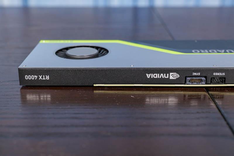 Đầu và quạt NVIDIA Quadro RTX 4000