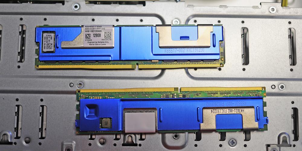 Bộ nhớ liên tục Intel Optane Dòng 200 trên đầu