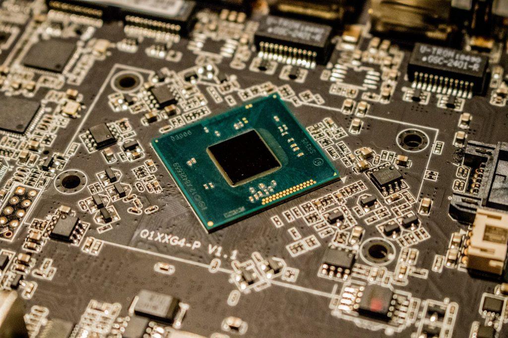 CPU vs GPU vs TPU: Understanding the Difference Between Them
